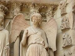De lachende engel van Reims