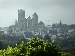 De kathedraal vanaf Saint-Doulchard