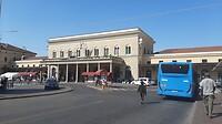 Na 8 km wandelen terug aan het station van Bologna Centrale