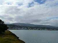zicht op Dunedin vanaf de Portobello Road