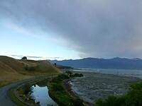 de kustweg van het schiereiland Kaikoura is grillig