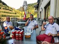 ons eigen bier met de Schönberg Burcht op de achtergrond