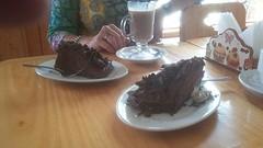 Koffie met chocolade taart