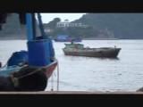 De haven van Cat Ba wordt ontruimd vanwege de tropische storm