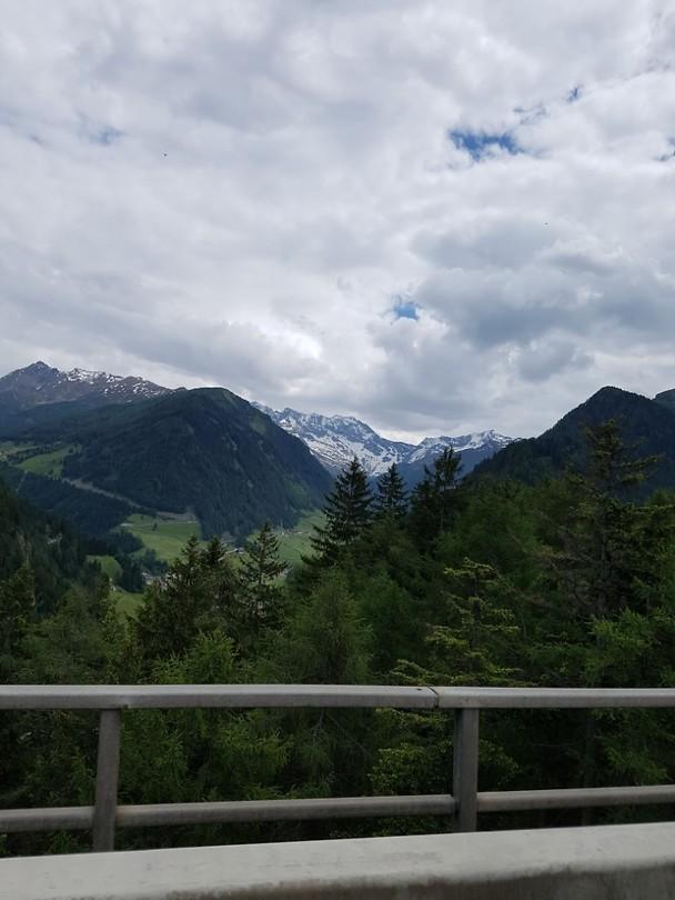 de sneeuw bij de Brenner