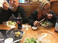 ja ja alledrie aan de salade :)