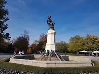 "In stadspark ""El Parque del Retiro"" staat El Angel Caido ook wel de gevallen engel Lucifer"