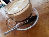 Mijn eerste egg coffee: heerlijk, wel erg zoet