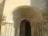Puente la Reina StJacobskerk romaans portaal