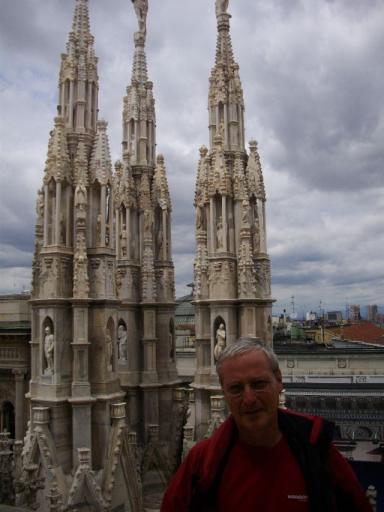 Guy op het dak van de Duomo
