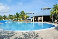 Eén van de twee zwembaden bij hotel Blau Costa Verde