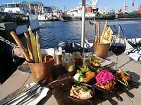 Nog een hapje eten aan de haven.