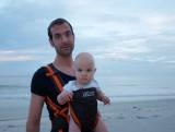 Met papa aan het strand