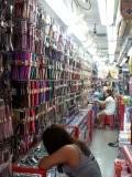 Een winkeltje met 'een paar' horloges te koop