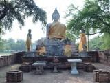Boeddha's bij Wat Whorapho