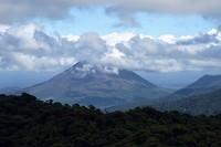 MountArenal bijna vrij van wolken