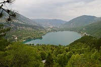 Uitzicht over Lago di Scanno