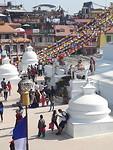 De Stupa vanaf het dak terras