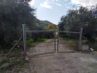 Het hek waar Paul sprong (via de ketting)