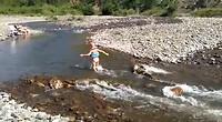 Albanie in de wild water rivier :)
