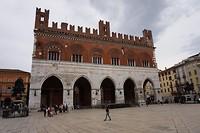 Het paleis van de familie Farnese in Piacenza
