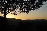 Nergens valt de nacht zo mooi als in Toscane....