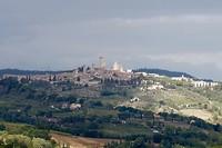 De ochtendzon op San Gimignano
