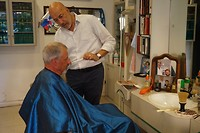 Olphaert bij de Romeinse barbier