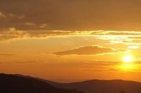 Zonsondergang boven het dal van de Tiber vanuit Perugia gezien