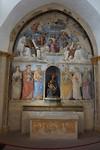 Bovenste helft door de jonge Raphael. Onderste helft door de oude Perugino, zijn leraar.