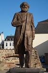 Ja, Karl Marx kwam uit Trier! China schonk dit beeld, 5,5 meter, brons, in 2018.