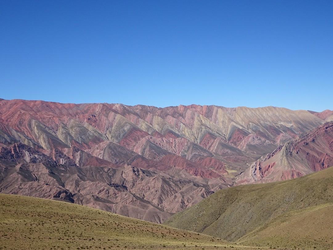 14 kleurige berg