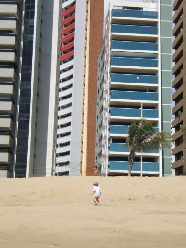 Jip op het strand in Fortaleza