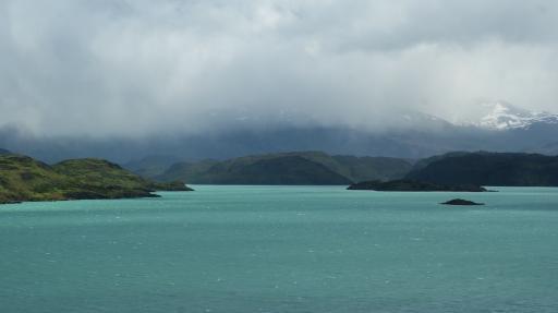 lake Pehoe 2
