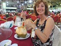 Ingrid aan de kokos