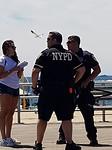 Altijd beveiliging aanwezig (Coney Island)