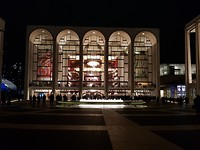 Buitenkant Metropolitan Opera (MET)