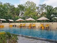 Zwembad hotel Thinnai