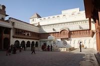 Het fort, de pracht straalt ervanaf