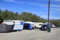 Veel vaste plaatsen op de camping, veel gedateerd