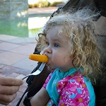 Anne vindt al het fruit hier heerlijk!