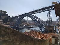 Eiffelbrug. .in Porto