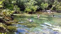 Jan snorkelt in cenote Azul