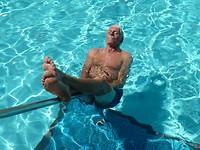 Zwembad bij ons appartement