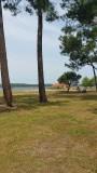 Het meer in Gastes