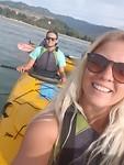 Oh wat hebben we het leuk in de kayak