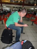 Jeroen op vliegveld Zanderij