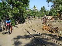 27 juli - we fietsen langs een oude spoorlijn