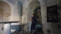 19-9, in de kapel op de rots St Michel d'Aiguilhe