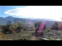 de turkse mooie natuur met bossen en bergen